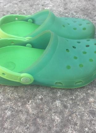 Сабо, шлёпанцы, сандалии crocs