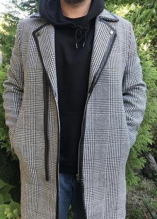 Базовое мужское пальто  в клетку zara man турция
