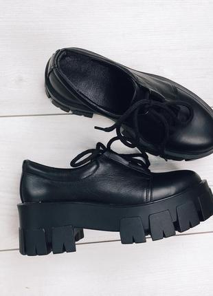 Женские туфли на платформе кожа