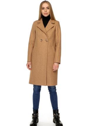Стильное пальто на осень