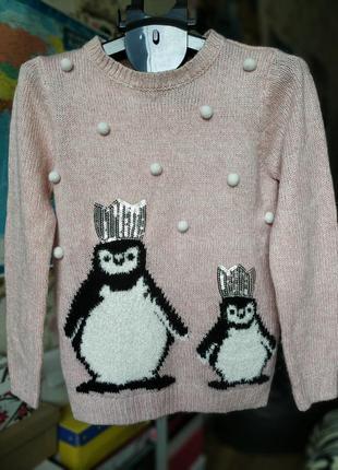 Гарний теплий светр з пігвінчіками