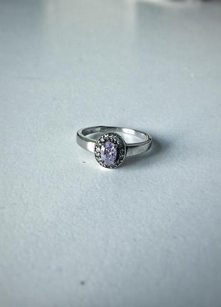 Серебряное кольцо с фиолетовым сиреневым камнем 925 проба