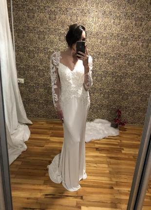 Роскошное свадебное платье , вышивка бисер , открытая спина , для фотосессии