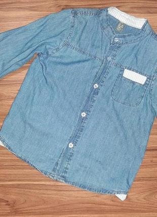 Легкая джинсовая рубашка для мальчика 5-6 лет, 118 р. в идеальном состоянии, без дефектов.