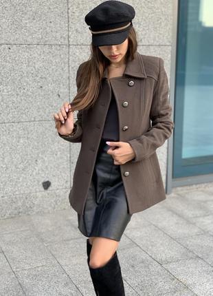 Пальто пиджак цвета хакки из шерсти с кашемиром