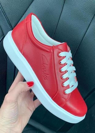 Красные кожаные кеды под бренд с 38-40