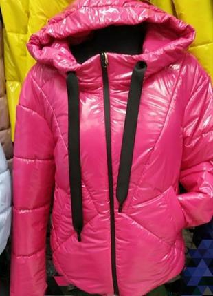 Весенняя куртка с капюшоном,лак,монклер, люкс качество 💖 размер 42.
