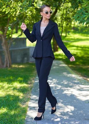 Женский черный деловой костюм с жакетом и узкими брюками (3976 jdnn)