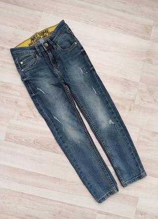 Стильні джинси з потертостями dopo dopo