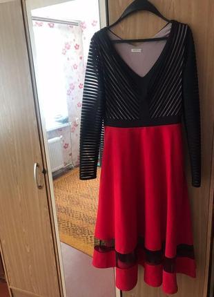 Продам нарядное платье-миди от gepur