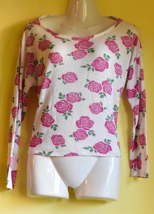 Кофта белая в розы /распродажа/обмен