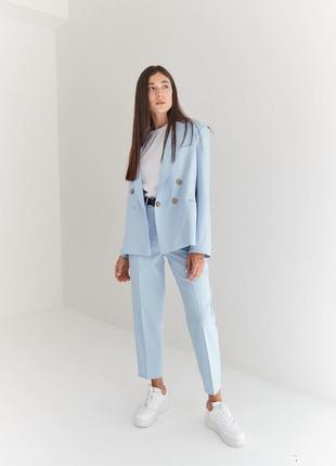 Крутой голубой брючный костюм пиджак и брюки, есть другие цвета