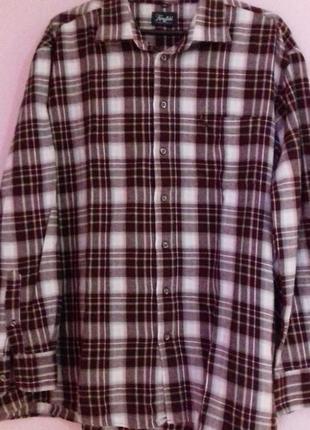 Модна сорочка в кліточку