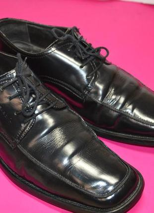 Мужские  кожаные  туфли  vagabond
