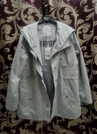 Куртка-ветровка светло-мятного цвета