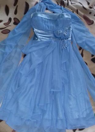 Шикарное шифоновое платье нарядное