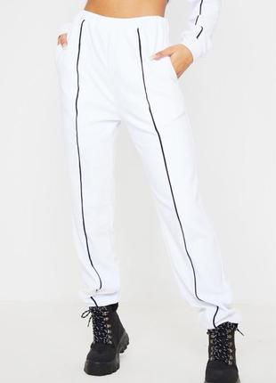 Спортивные штаны высокая посадка 🔥prettylittlething🔥 белые велюровые джоггеры