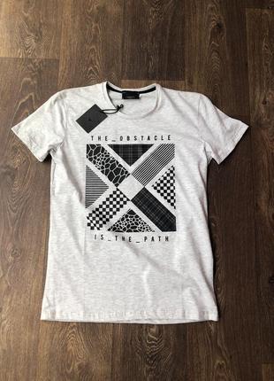 Мужская футболка распродажа