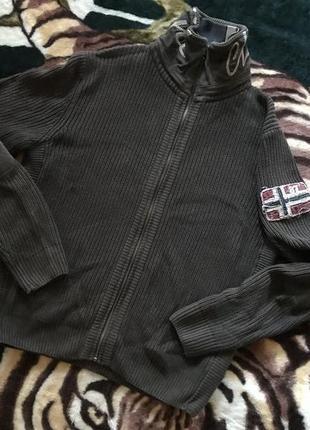 Суперовая вязанная кофта от napapijri