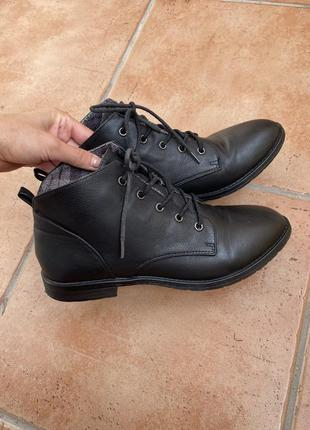 Ботинки на шнуровке мягкая кожа