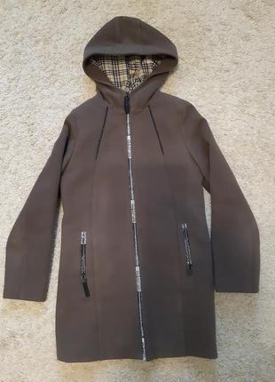 Пальто для девочек  рост 152