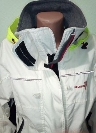 Лыжная оригинальная куртка спортивная ветровка