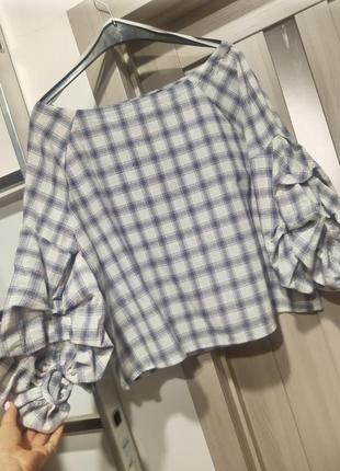 Тренд: блуза топ з красивими рукавами