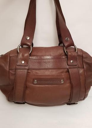 Бесподобная кожаная сумка итальянского бренда mandarina duck