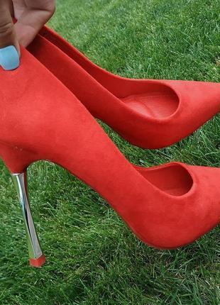 Красные элегантные туфли лодочки❤ нереально красивые😍