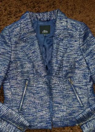 Красивый пиджак christine