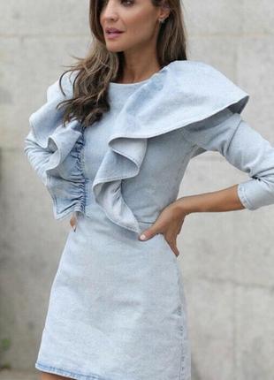 Платье из денима с воланами zara