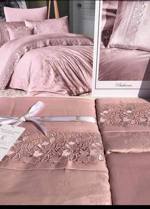 Турецкие комплекты постельного белья сатин жаккард+кружево с 5 наволочками