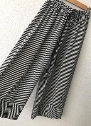 Стильные кюлоты брюки в полоску
