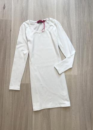 Новое натуральное белое платье по фигуре нова натуральна біла сукня приталена boohoo m