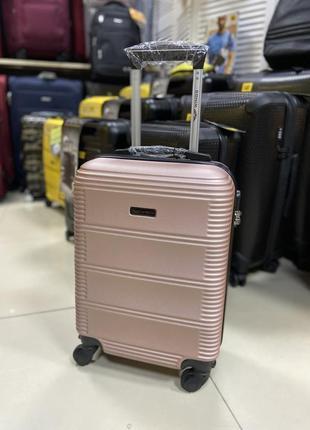 Чемодан ручная кладь розовый польша5 фото