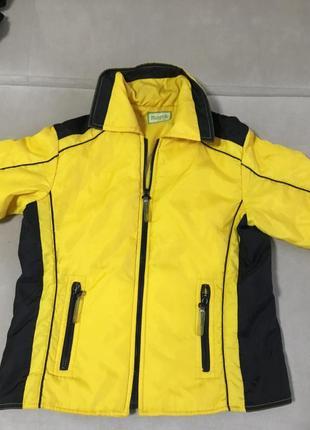Фирменная красивая курточка размер 48 50