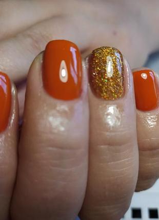 Оранжевый, с блесточками гель-лак