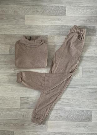 Худі бежевий,коричневий теплий костюм