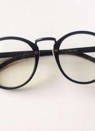 Очки окуляри іміджеві