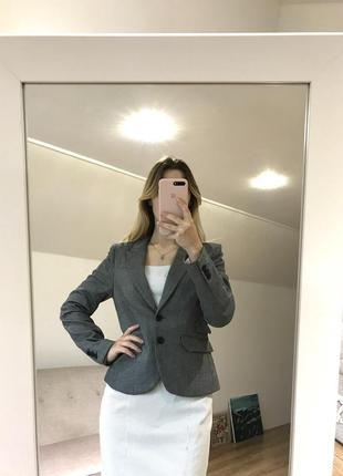 Стильный классический пиджак от h&m
