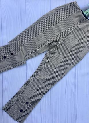 Стильные брюки с высокой посадкой zara