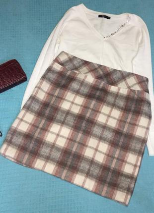 Стильная теплая юбка в трендовую клетку