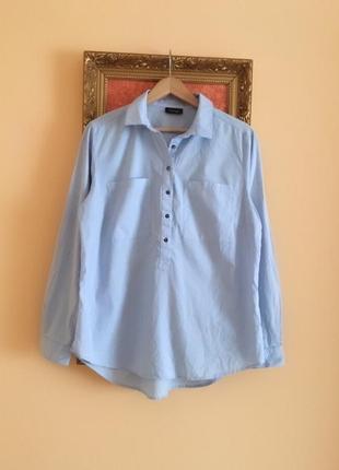 Ніжно блакитна сорочка