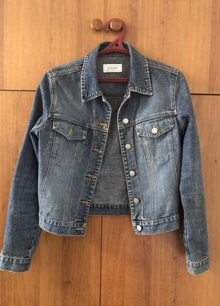 Базова джинсова куртка, базовая джинсовая куртка