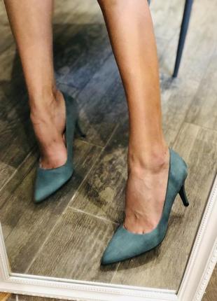 Шикарные изумрудные туфли/наложка