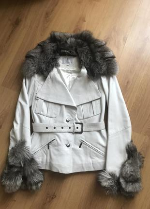Шикарная кожаная куртка carnelli