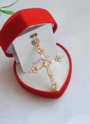 Крестик с цирконами xuping мед золото позолота 18k