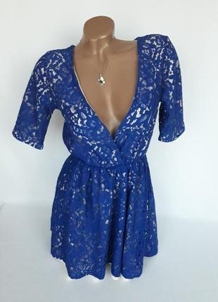 Шикарное ,ажурное платье