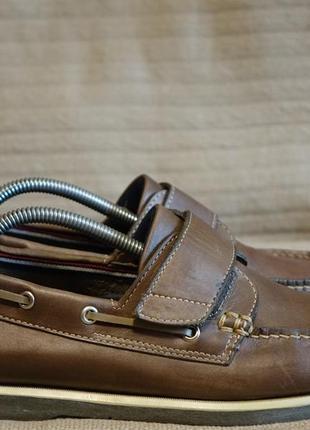 Отличные кожаные топсайдеры коричневого цвета marks & spencer англия 8 1/2 р.