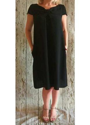 Красивое черное платье  mark&spenver